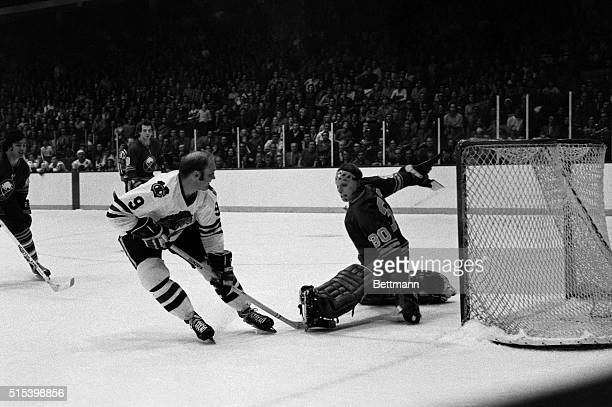 Black Hawks' goalie Bobby Hull scores on Buffalo's goalie Dave Dryden during second period action of their game 12/15. The Black Hawks won, 2-1.