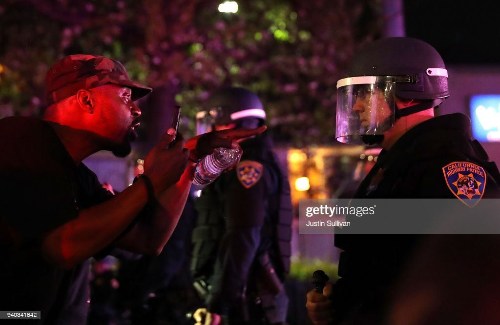 Protestors Rally After Police Shooting Victim Stephon Clark's Autopsy Released : News Photo