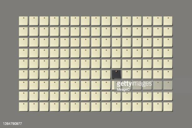 black message note standing out from the crowd - mistake stock pictures, royalty-free photos & images