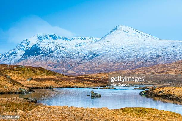 black mount from rannoch moor, argyll and bute, highlands, scotland, united kingdom, europe - argyll and bute stock photos and pictures