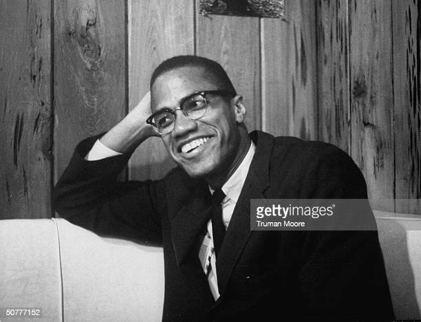 Black muslim leader Malcom X quitting the muslim sect