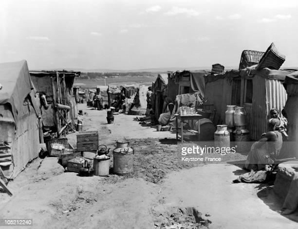 Black Populations Living In Shanties Made Of Corrugated Iron And Fabric Near Johannesburg South Africa Around 19461947 Well Before The Apartheid...