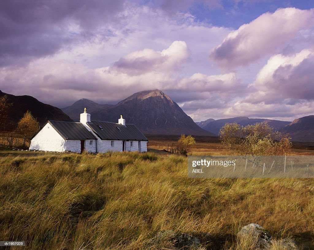 Black Rock Cottage, Glencoe, Highlands, Scotland : Stock Photo