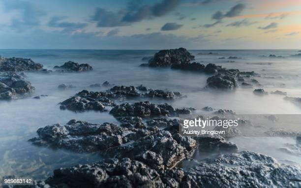 black rocks - フランス海外領 ストックフォトと画像