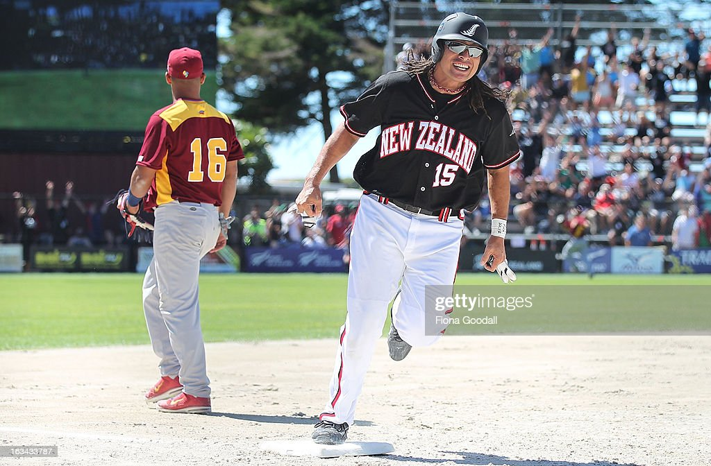 Black Sox first baseman Brad Rona runs for home base during the gold medal match between New Zealand and Venezuela at Tradstaff Sports Stadium on March 10, 2013 in Auckland, New Zealand.