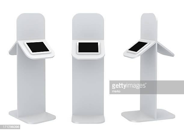 3 d blanco de pie información de podium
