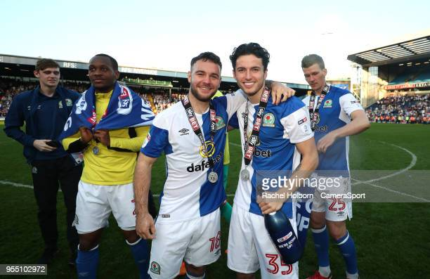 Blackburn Rovers' Adam Armstrong and Blackburn Rovers' Lewis Travis during the Sky Bet League One match between Blackburn Rovers and Oxford United at...