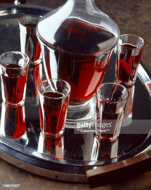 blackcurrant liqueur - cassis stock pictures, royalty-free photos & images