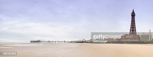 blackpool beach with tower - blackpool tower stock pictures, royalty-free photos & images