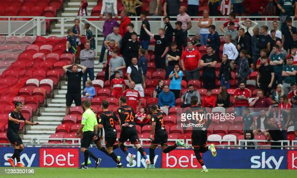 Blackpool Players celebrate Blackpool's Marvin Ekpitetas goal during the Sky Bet Championship match between Middlesbrough and Blackpool at the...