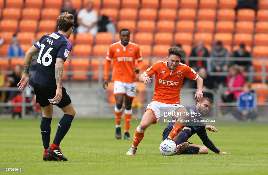 Blackpool v Luton Town - Sky Bet League One
