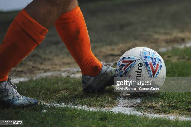 Blackpool's Kiernan Dewsbury-Hall prepares to take a corner during the Sky Bet Leauge One match between Blackpool and Ipswich Town at Bloomfield Road...