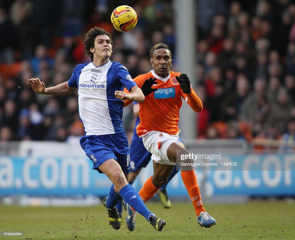 Soccer - Sky Bet Championship - Blackpool v Birmingham City - Bloomfield Road : News Photo