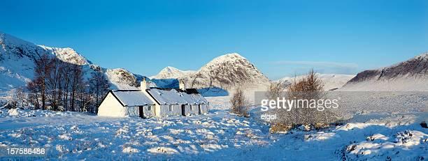 blackrock cottage in winter, glencoe, scottish highlands - blackrock stock pictures, royalty-free photos & images