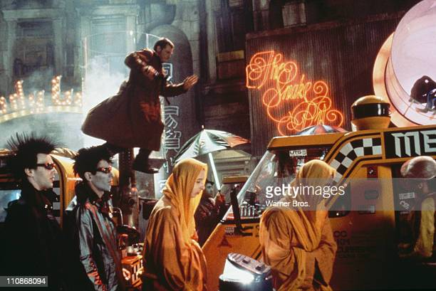 'Blade runner' Rick Deckard pursues the replicant Zhora through the streets of Los Angeles in a scene from Ridley Scott's futuristic thriller 'Blade...