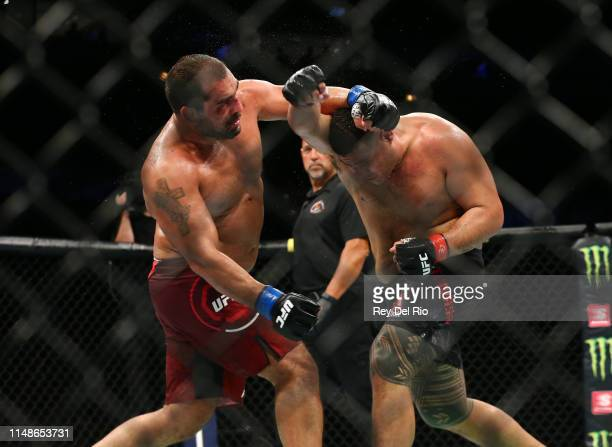 Blagoy Ivanov punches Tai Tuivasaat United Center on June 8 2019 in Chicago Illinois