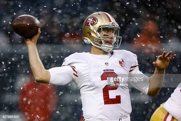Blaine Gabbert of the San Francisco 49ers looks to pass in the fourth quarter against the Chicago Bears at Soldier Field on December 4 2016 in...