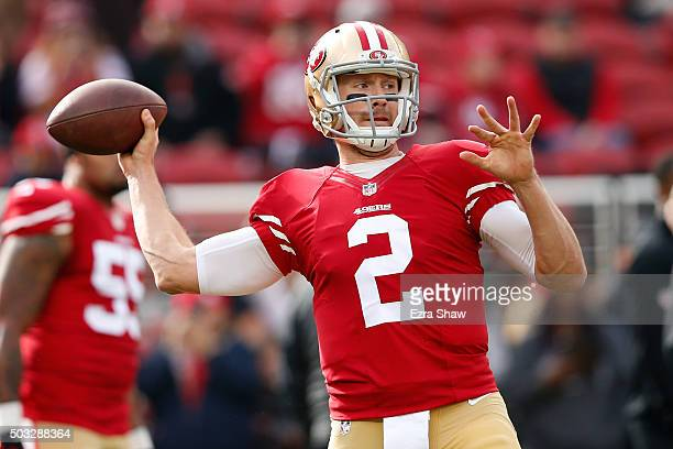Blaine Gabbert of the San Francisco 49ers warms up prior to playing the St Louis Rams in their NFL game at Levi's Stadium on January 3 2016 in Santa...