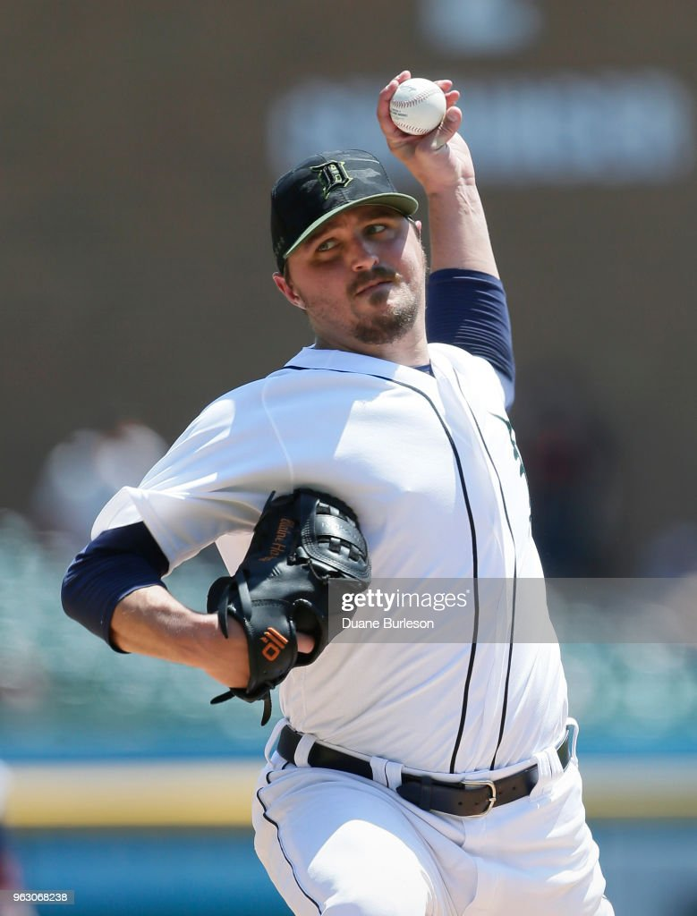 Blaine Hardy #36 of the Detroit Tigers pitches against the Chicago White Sox during the third inning at Comerica Park on May 27, 2018 in Detroit, Michigan.