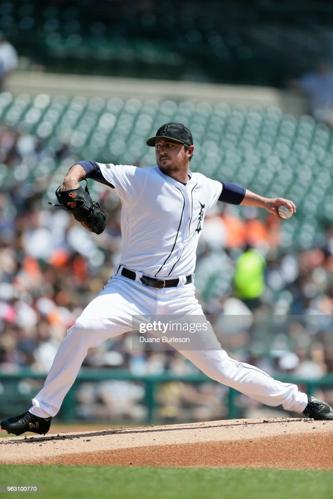 Blaine Hardy #36 of the Detroit Tigers pitches against the Chicago White Sox during the first inning at Comerica Park on May 27, 2018 in Detroit, Michigan. The Tigers defeated the White Sox 3-2.