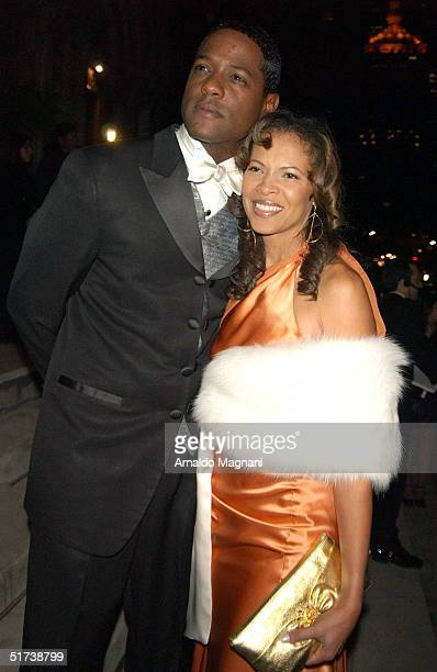 Blair Underwood and wife Desiree Underwood leave after the wedding ceremony for Star Jones and Al Reynolds November 13 2004 in New York City