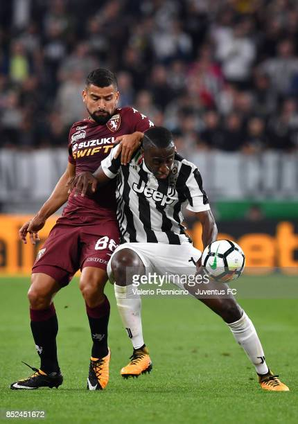 Blaise Matuidi of Juventus and Tomas Rincon of Torino in action during the Serie A match between Juventus and Torino FC on September 23 2017 in Turin...