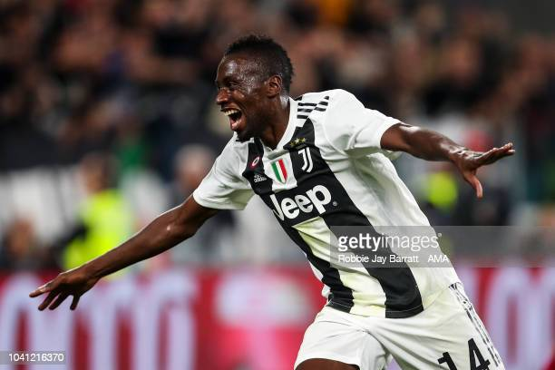 Blaise Matuidi of Juventus celebrates after scoring a goal to make it 20 during the Serie A match between Juventus and Bologna FC at Allianz Stadium...