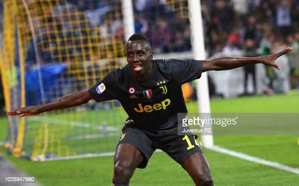Blaise Matuidi of Juventus celebrates after scoring his team's second goal during the serie A match between Parma Calcio and Juventus at Stadio Ennio...