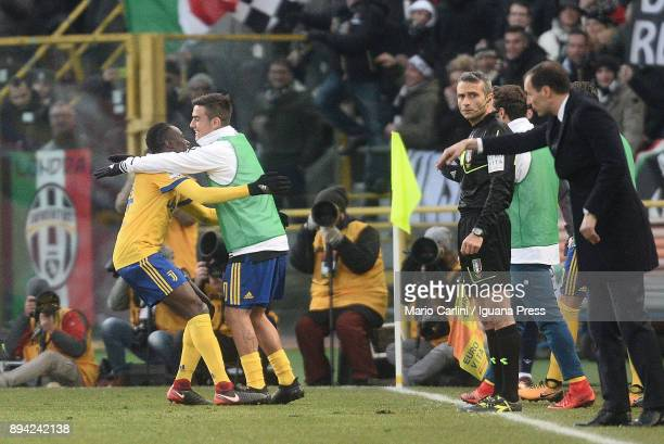 Blaise Matuidi of Juventus celebrates wtih his teamate Paulo Dybala after scoring his team's third goal during the Serie A match between Bologna FC...