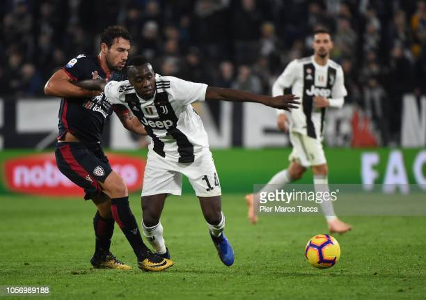Blaise Matuidi of Juventus competes for the ball during the Serie A match between Juventus and Cagliari on November 3 2018 in Turin Italy