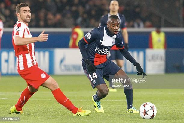 PARIS FRANCE NOVEMBER Blaise Matuidi of Paris SaintGermain during the UEFA Champions League between Paris SaintGermain FC and Olympiacos FC at Parc...