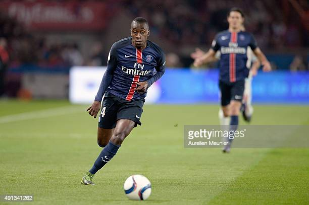 Blaise Matuidi of Paris SaintGermain runs with the ball during the Ligue 1 game between Paris SaintGermain and Olympique de Marseille at Parc des...