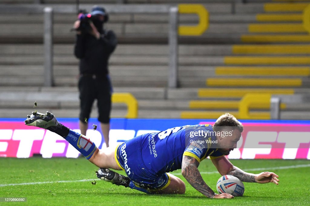 Warrington Wolves v Hull FC - Betfred Super League : News Photo