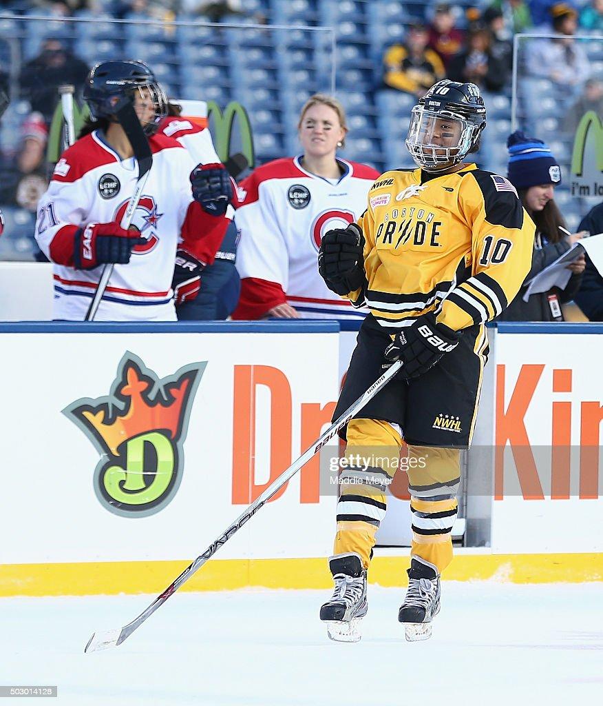 2016 Bridgestone NHL Winter Classic - Women's Hockey Classic : News Photo