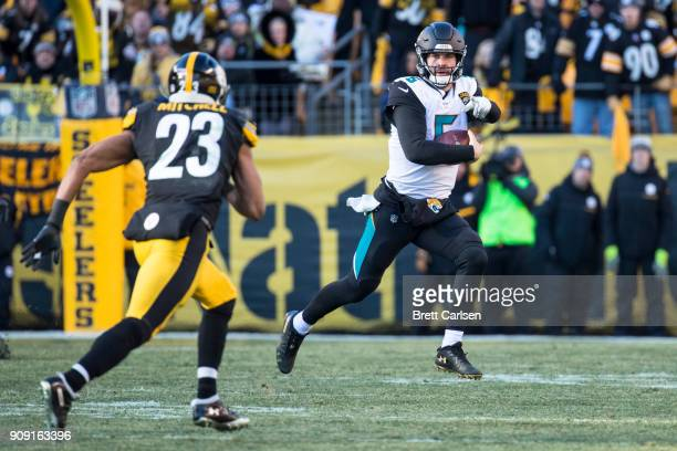 Blake Bortles of the Jacksonville Jaguars calls out a block while running with the ball during the second half of the AFC Divisional Playoff game...