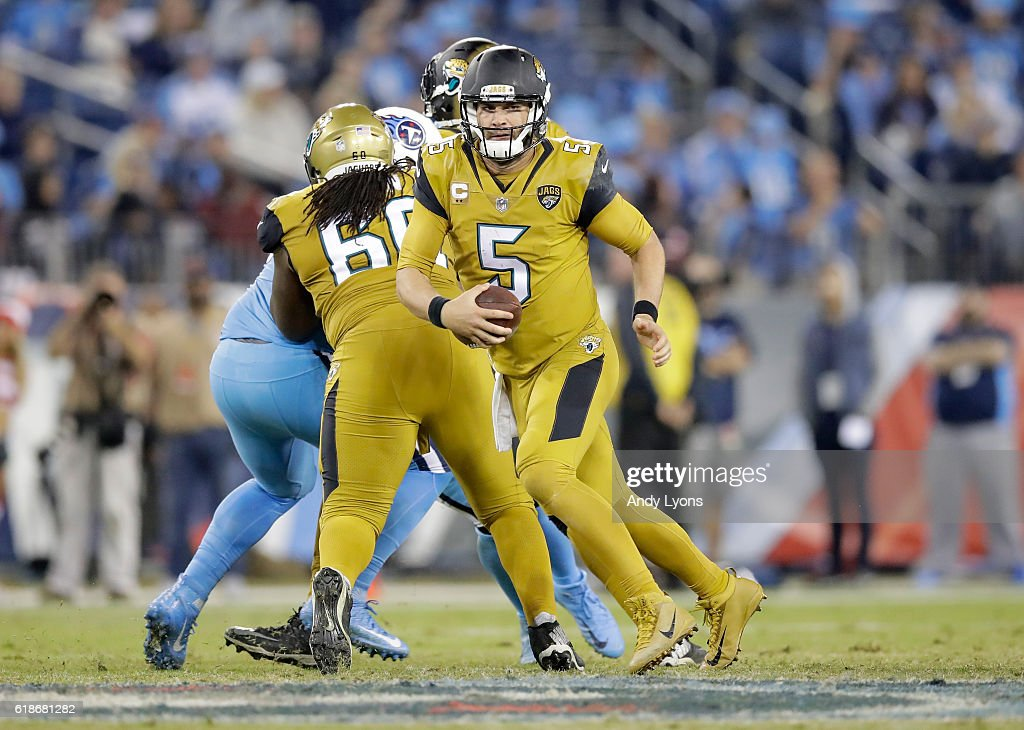Blake Bortles #5 of the Jacksonville Jaguars runs with the ball during the game against the Tennessee Titans at Nissan Stadium on October 27, 2016 in Nashville, Tennessee.