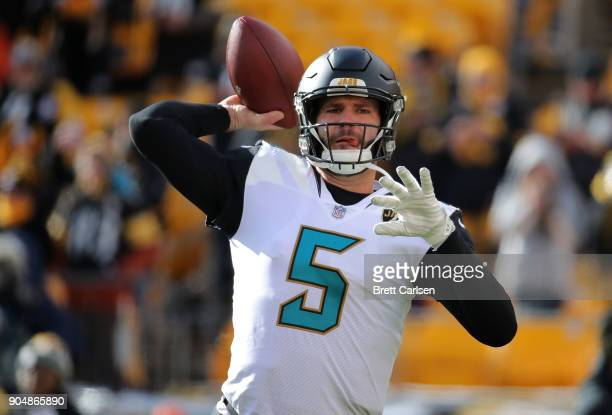Blake Bortles of the Jacksonville Jaguars warms up before the AFC Divisional Playoff game against the Pittsburgh Steelers at Heinz Field on January...
