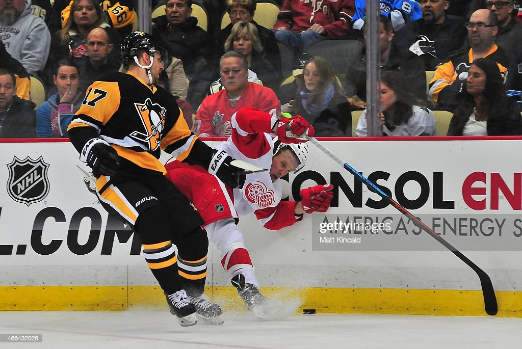 PA: Detroit Red Wings v Pittsburgh Penguins : News Photo
