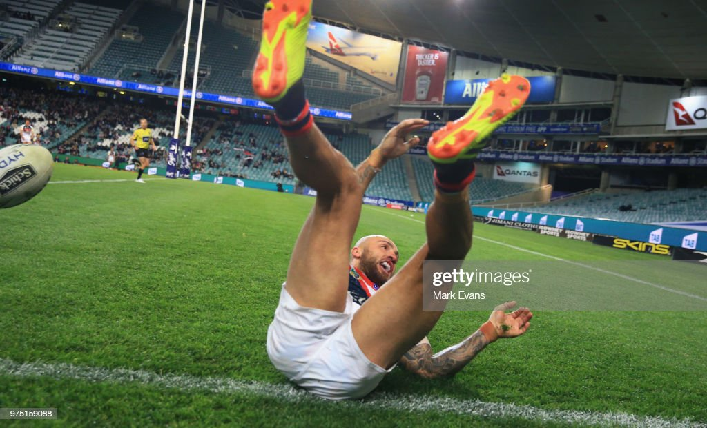 Blake Ferguson of the Roosters scores a try during the round 15 NRL match between the Sydney Roosters and the Penrith Panthers at Allianz Stadium on June 15, 2018 in Sydney, Australia.