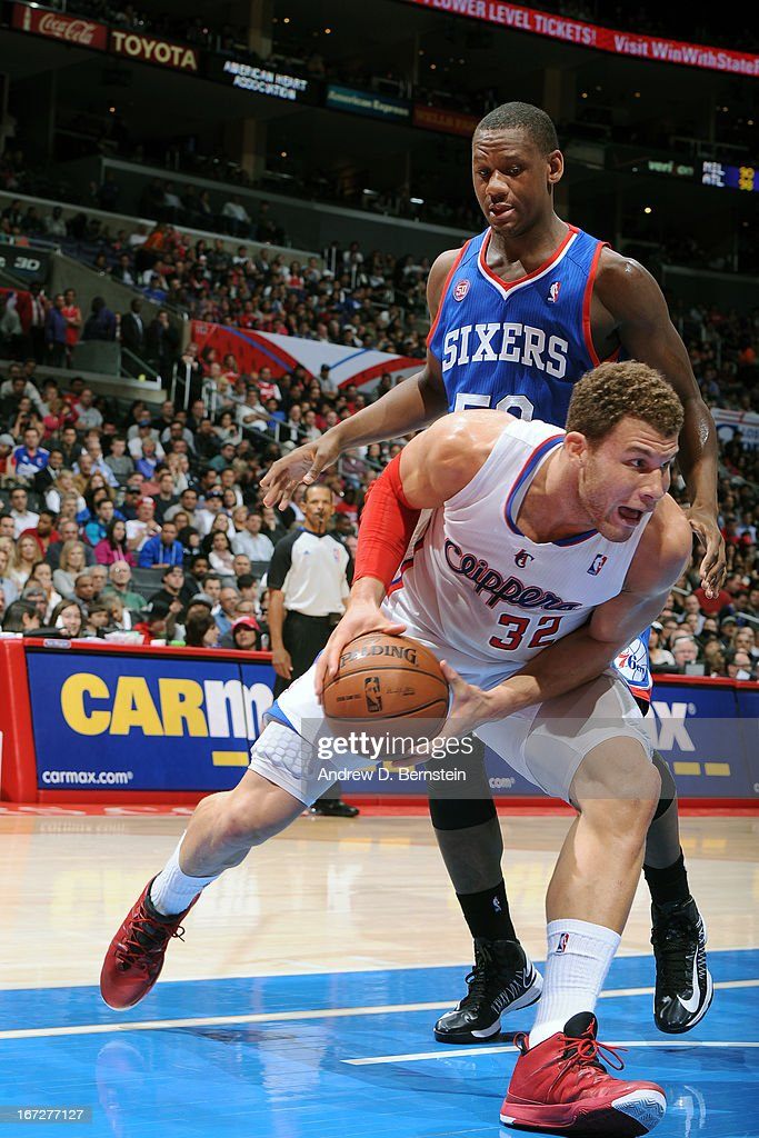 Blake Griffin #32 of the Los Angeles Clippers drives to the basket against the Philadelphia 76ers at Staples Center on March 20, 2013 in Los Angeles, California.