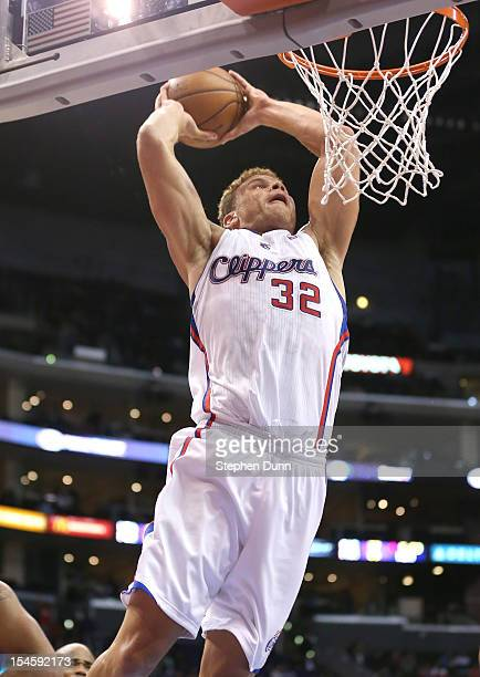 Blake Griffin of the Los Angeles Clippers dunks against the Golden State Warriors at Staples Center on October 22 2012 in Los Angeles California The...