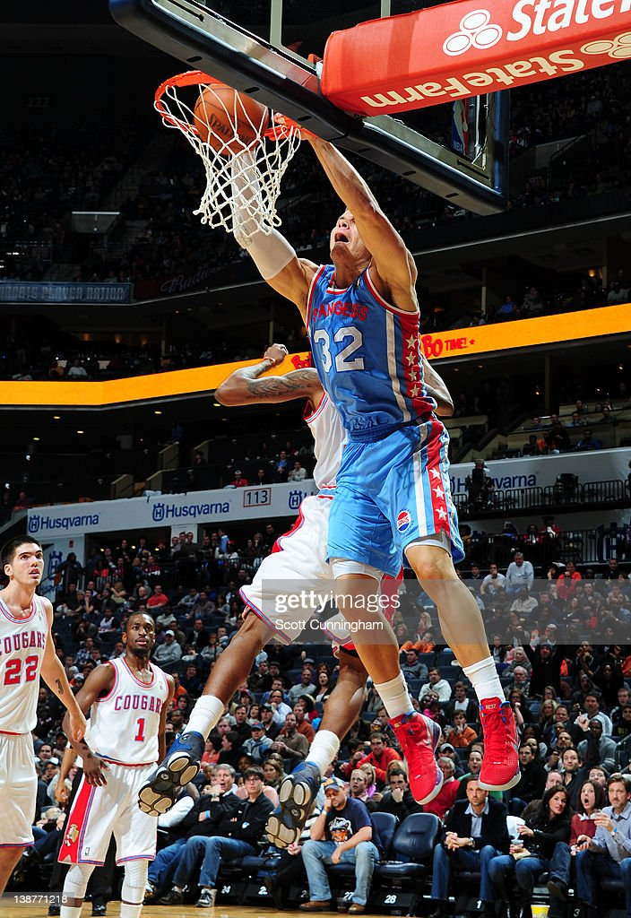 Blake Griffin #32 of the Los Angeles Clippers dunks the ball during the game between the Los Angeles Clippers and the Charlotte Bobcats on February 11, 2012 at Philips Arena in Atlanta, Georgia.