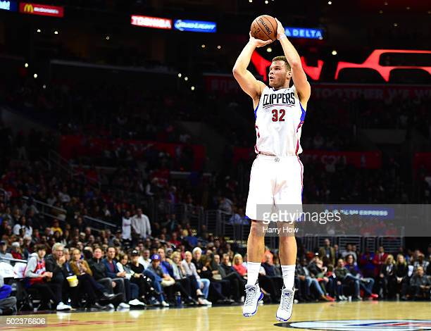 Blake Griffin of the Los Angeles Clippers shoots a jumper against the Utah Jazz at Staples Center on November 25 2015 in Los Angeles California