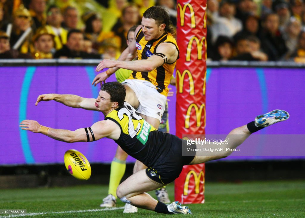 AFL First Qualifying Final - Richmond v Hawthorn : News Photo