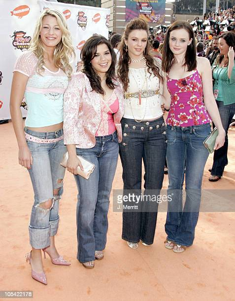 Blake Lively America Ferrera Amber Tamblyn and Alexis Bledel