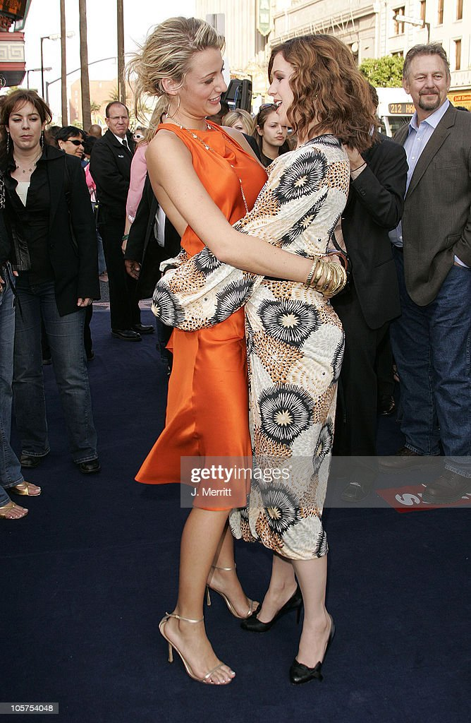 """The Sisterhood of the Traveling Pants"" Los Angeles Premiere : News Photo"