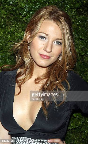 Blake Lively attends the 5th Anniversary of the CFDA/Vogue Fashion Fund at Skylight Studios on November 17, 2008 in New York City.