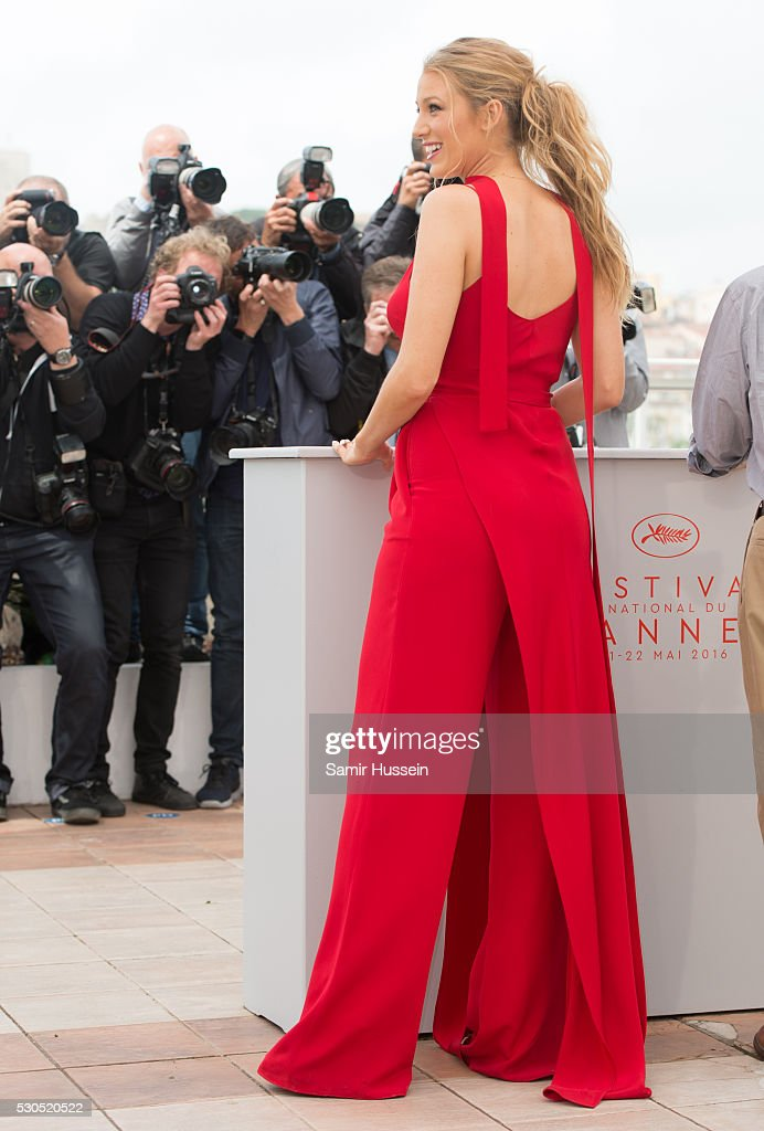 'Cafe Society' Photocall - The 69th Annual Cannes Film Festival : News Photo
