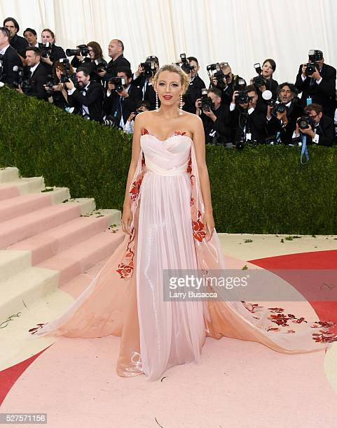 Blake Lively attends the Manus x Machina Fashion In An Age Of Technology Costume Institute Gala at Metropolitan Museum of Art on May 2 2016 in New...