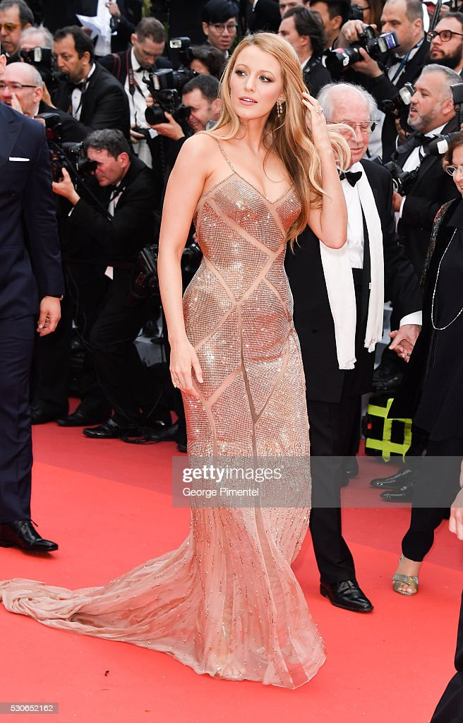 """""""Cafe Society"""" & Opening Gala - Red Carpet Arrivals - The 69th Annual Cannes Film Festival : News Photo"""